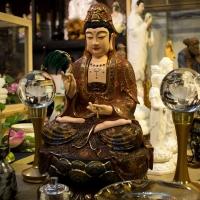 Tượng Phật Bà Quan Âm Đồng mạ vàng y áo gấm - 48cm
