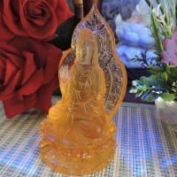 Tượng Mẹ Quan Âm Đá Lưu Ly Vàng 13cm ttq3