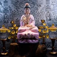 Tượng Phật Bà Quan Âm Men Sứ Áo Tím Ngồi Đài Sen 45cm 1