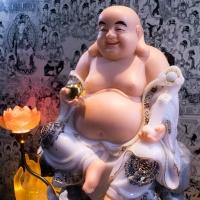 Tượng Phật Di Lạc Ngồi Tự Tại Áo Viền Hoa Văn Nổi [size38cm]2