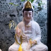 Tượng-Quan-Âm-Bồ-Tát-Ngồi-Đài-Sen-Bột-Đá-Cao-50cm