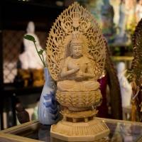 Tượng Phật Tỳ Lô Giá Na ( Đại Nhật Như Lai) Gỗ Long Não 28cm1