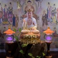 Tượng Địa Tạng Bồ Tát Đá Khoáng Đế Sen Vàng 40cm1