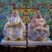 Tượng Thần Tài Thổ Địa Bột Đá Áo Trắng Viền Vàng 1 (2)