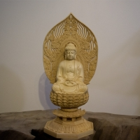 Tượng Phật A Di Đà Gỗ Long Não Ngồi Đài Sen 28cm1
