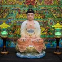 Tượng Phật A Di Đà Đá Khoáng Vẽ Màu Áo Cam Nhũ Vàng 50cm1